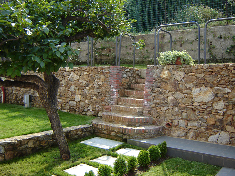 Giardini terrazzati immagini finest giardini pensili for Soluzioni giardino